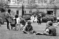 Students on Lehman Lawn, fall 1986