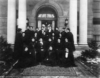 Barnard College Class of 1900 Portrait