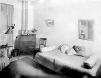 Hewitt Hall dorm room, circa 1920s
