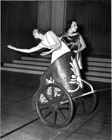 Sophomore chariot, Greek Games, 1939