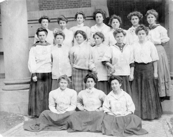 Barnard College Commencement, 1907