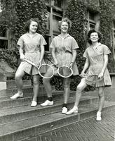 Tennis players, 1942